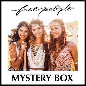 FREE PEOPLE BOHO STYLE MYSTERY BOX A2C
